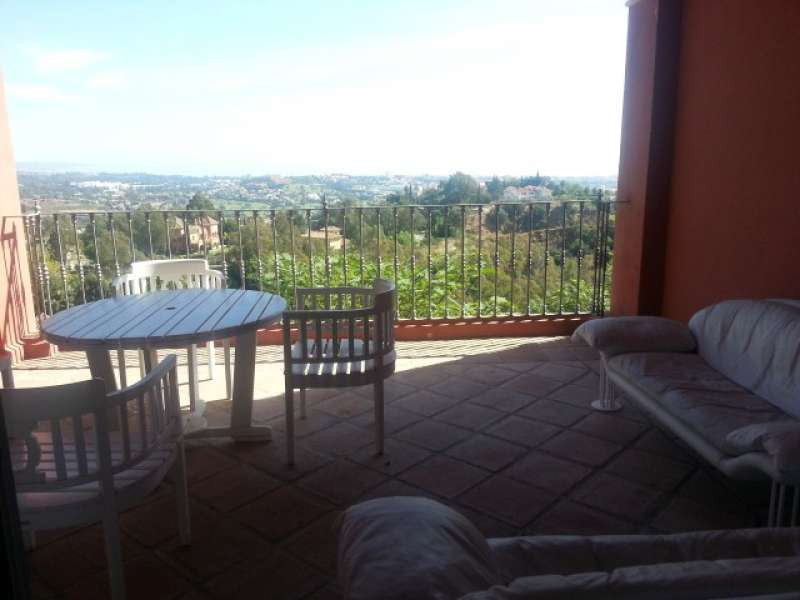 Ground Floor Apartment in Monte Halcones