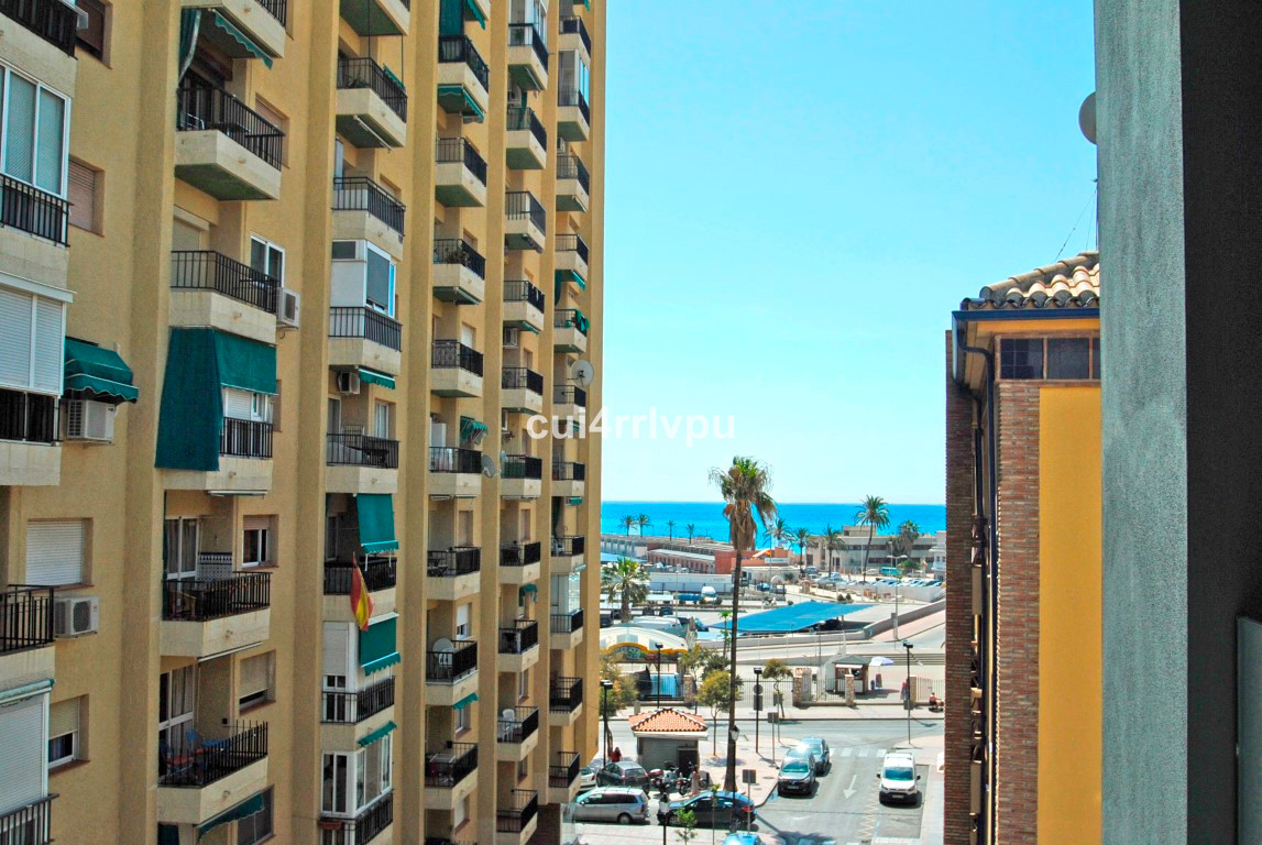 New built building in the centre of Fuengirola close to the port and next to the Paseo Maritimo. The, Spain