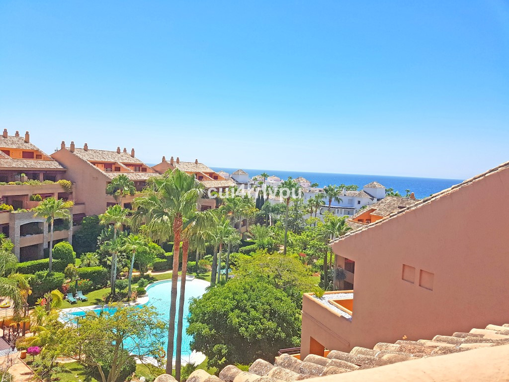 Spacious luxurious 3 bedroom duplex penthouse with open views partially to the sea with east orienta, Spain