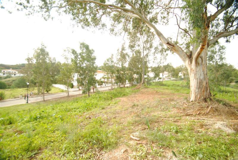 Marbella Banus Terreno Urbano a la venta en La Cala Golf – R2336030