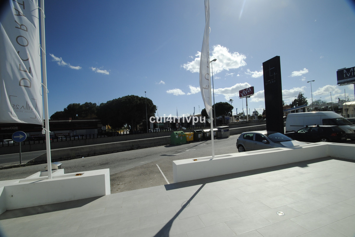 Oportunity! Great commercial unit in unique position - directly on the A-7 with very good views from, Spain