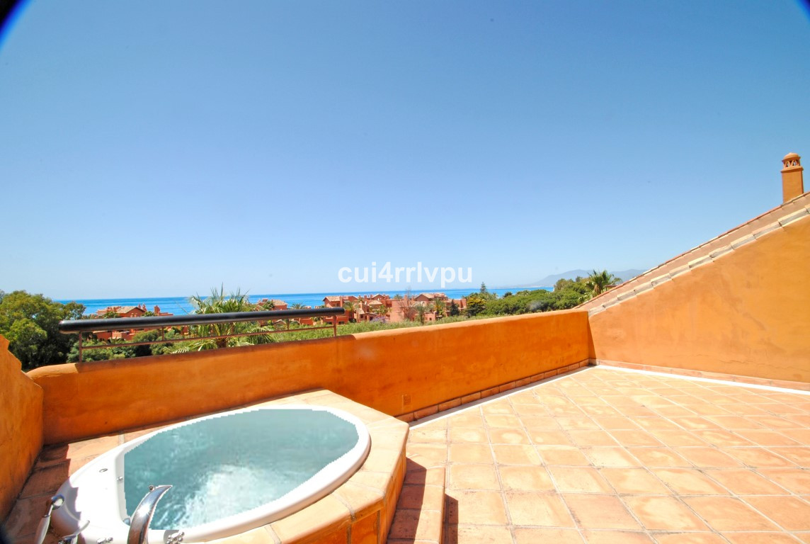 Impressive duplex penthouse with south orientation and beautiful sea views. On entrance level there ,Spain