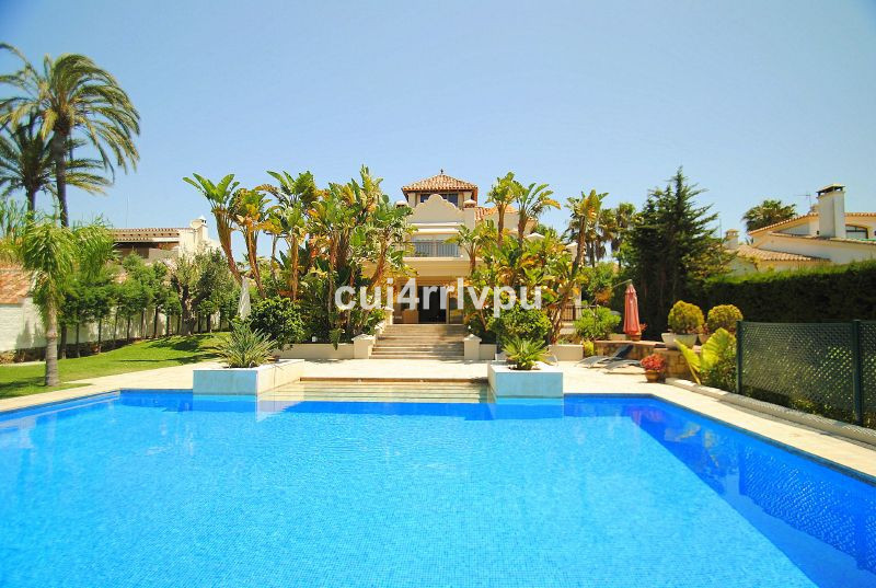 Long Term Rental in Las Chapas