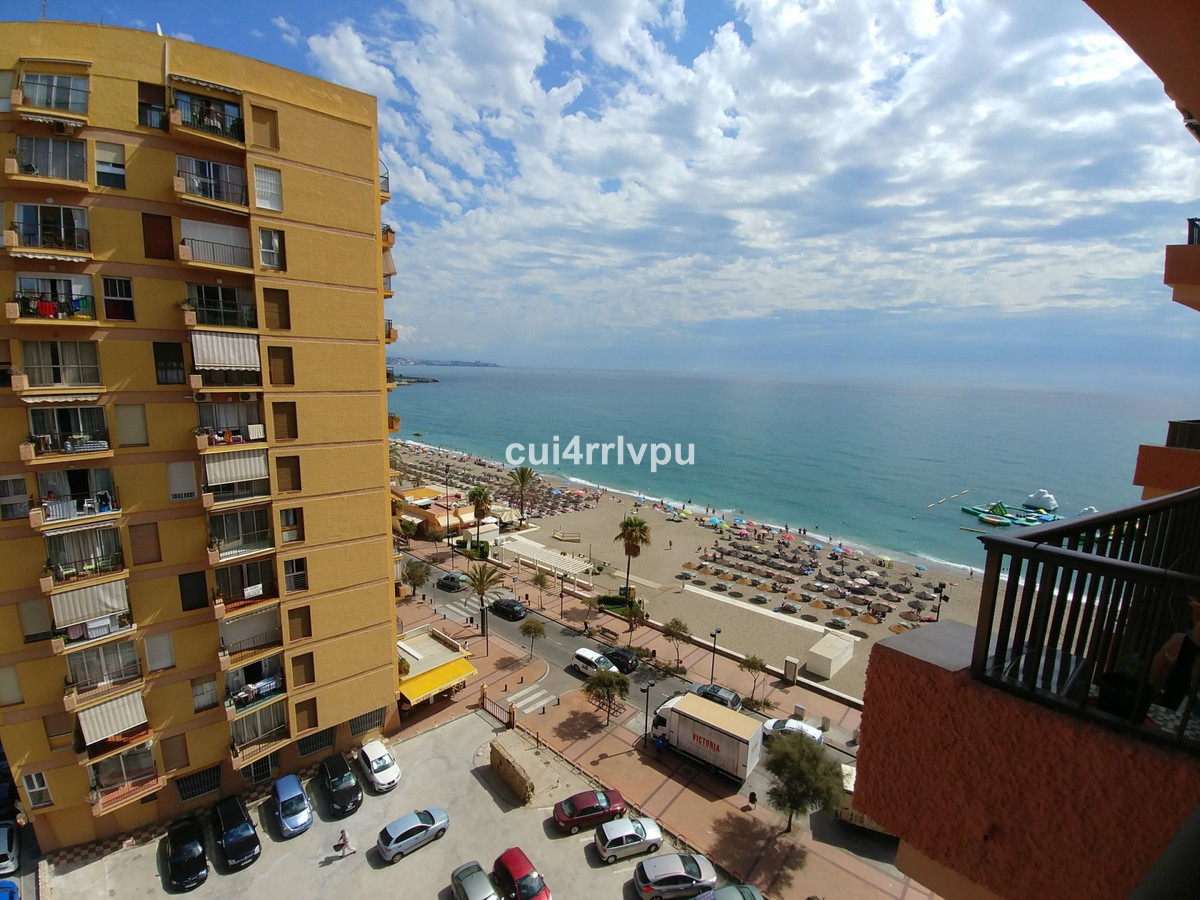 Apartment located on the first line of the beach, Edificio Perla 5, located on the eighth floor, dis, Spain