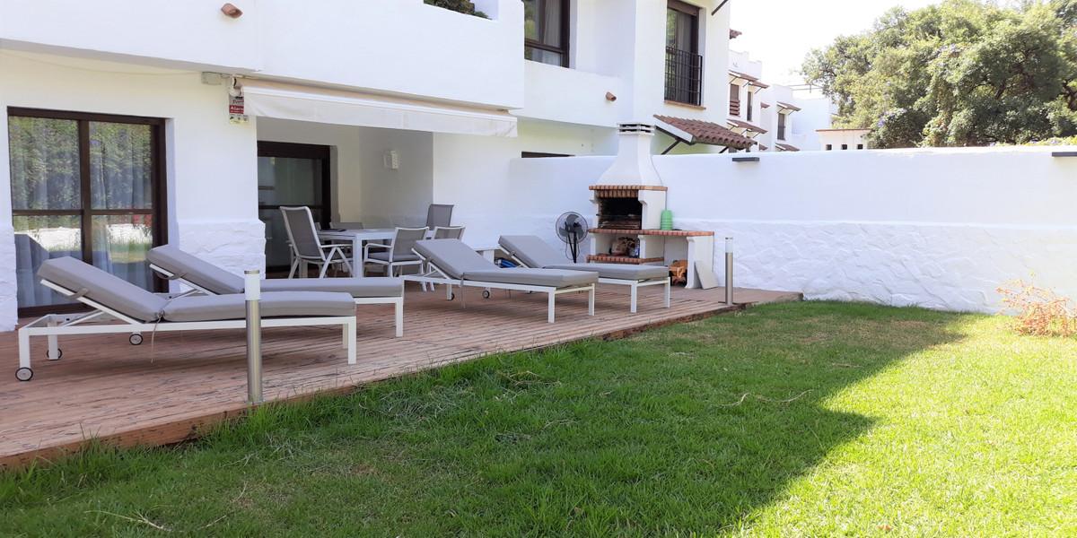 Marbella Banus Apartamento en Venta en Selwo – R3893815