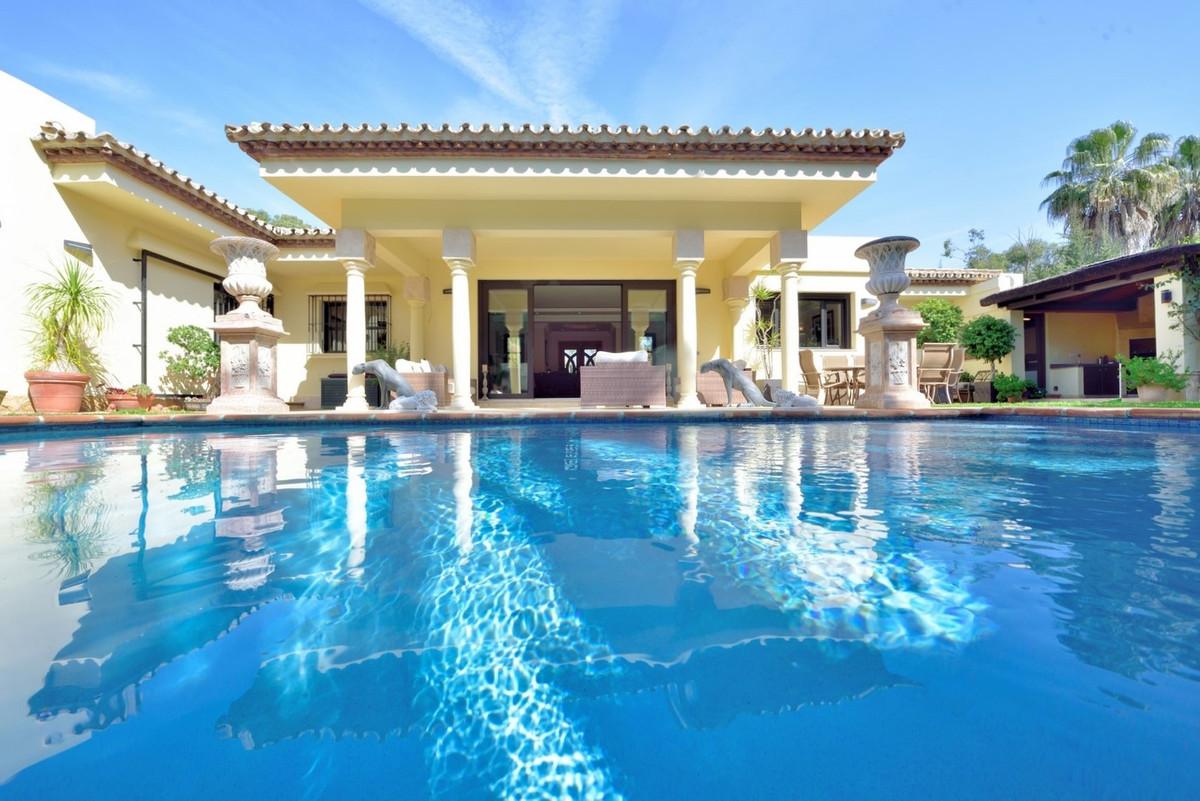 Fristående villa i Benamara R3230110