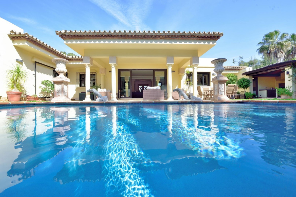 A beauty in top condition! This beach villa located in a quiet area surrounded by a wide variety of , Spain