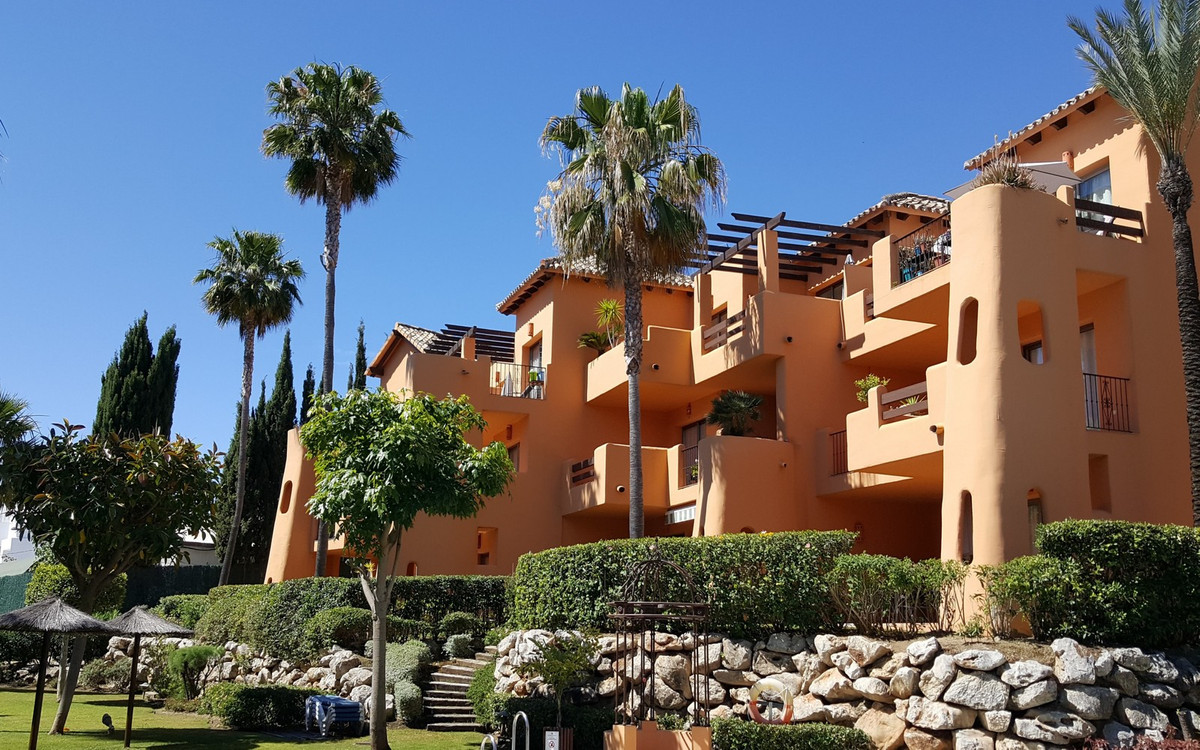 """Top floor in the highly sought after urbanization """"El Retiro de Bel-Air"""" with a great view,Spain"""
