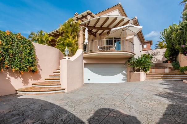 Ref:R3271462 Villa - Detached For Sale in Las Chapas