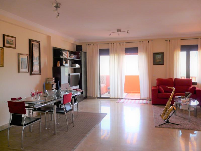 Top Floor Apartment in Estepona