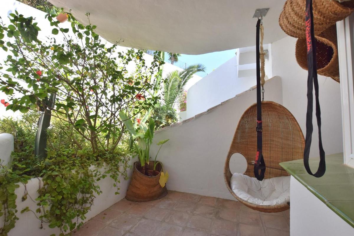 Marbella Banus Apartamento en Venta en Calahonda – R3914653