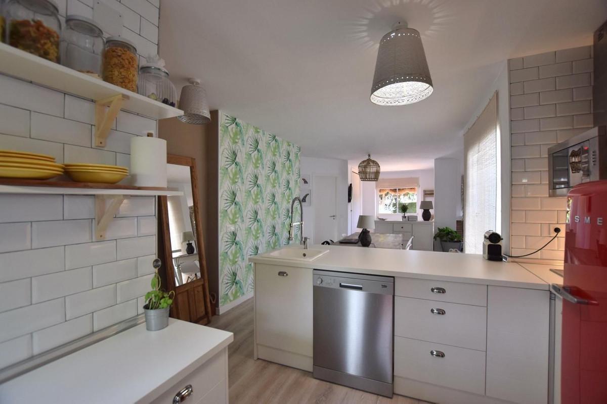Apartamento en Venta en Calahonda – R3914653