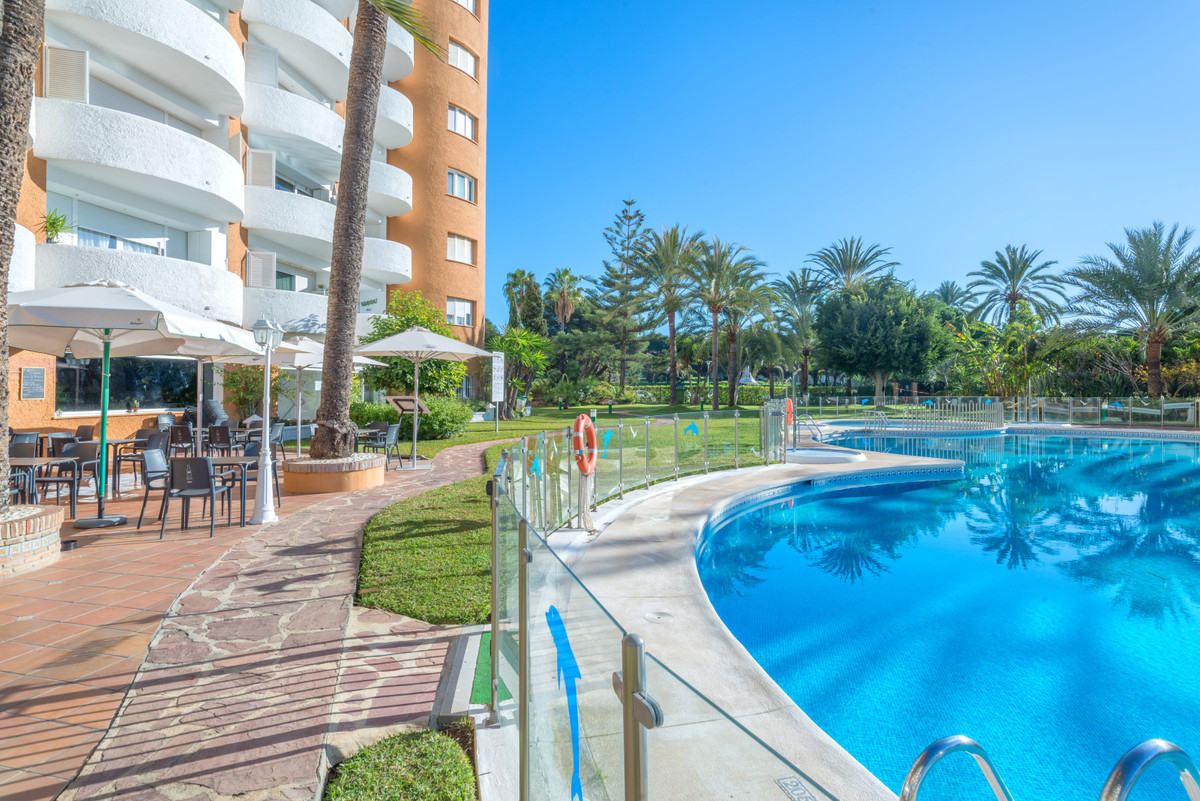 A charming studio in the area of Marbesa situated 200 metres away from the beautiful Playa de las Ca,Spain