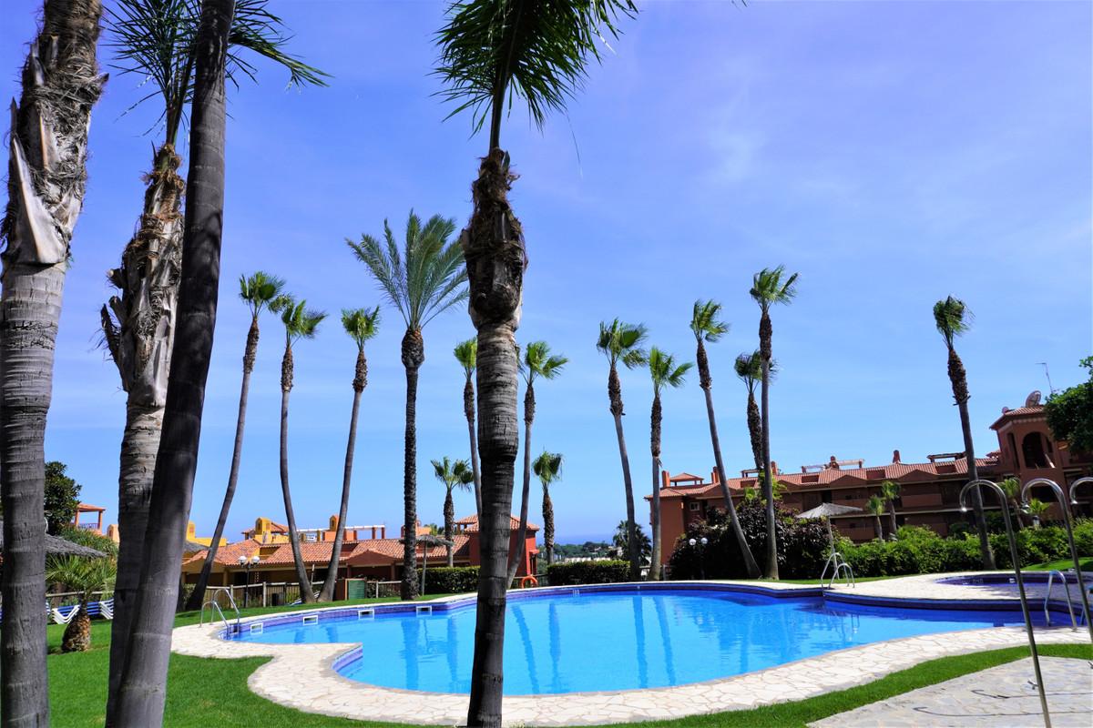 Marbella Banus Apartamento en Venta en Reserva de Marbella – R3858568
