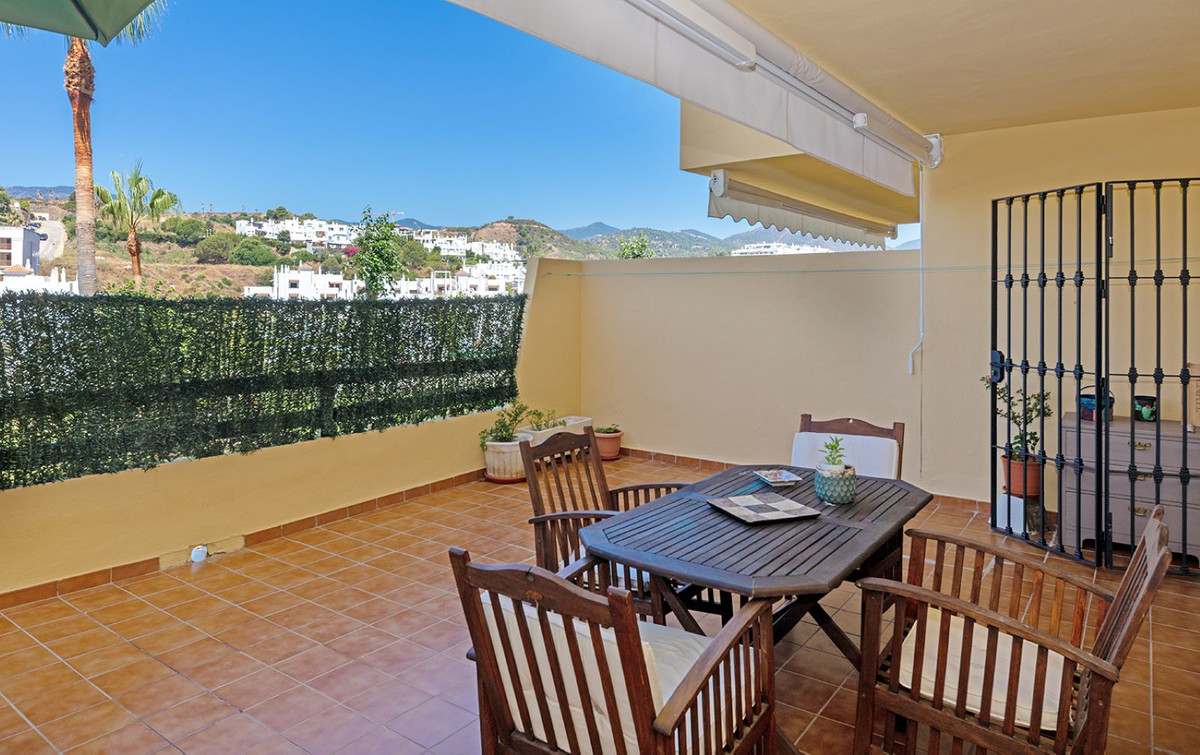 Beautiful ground floor apartment located in Estepona. Has got 2 bedrooms and 2 bathrooms with very n, Spain