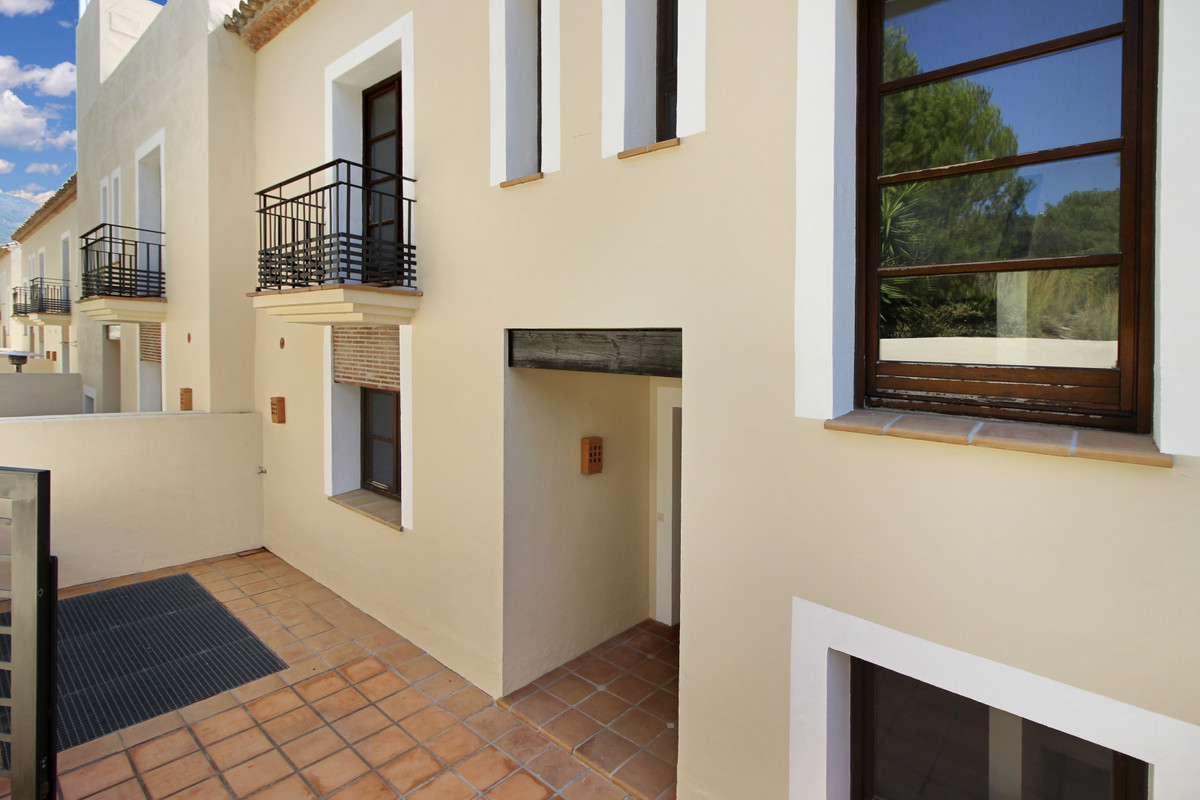 Townhouse for sale in Benahavís R3655367
