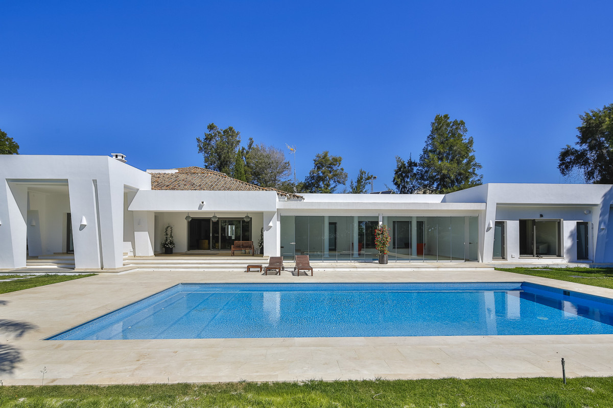 """Spectacular contemporary style villa in """"Reyes y Reinas"""", the most exclusive and sought af,Spain"""