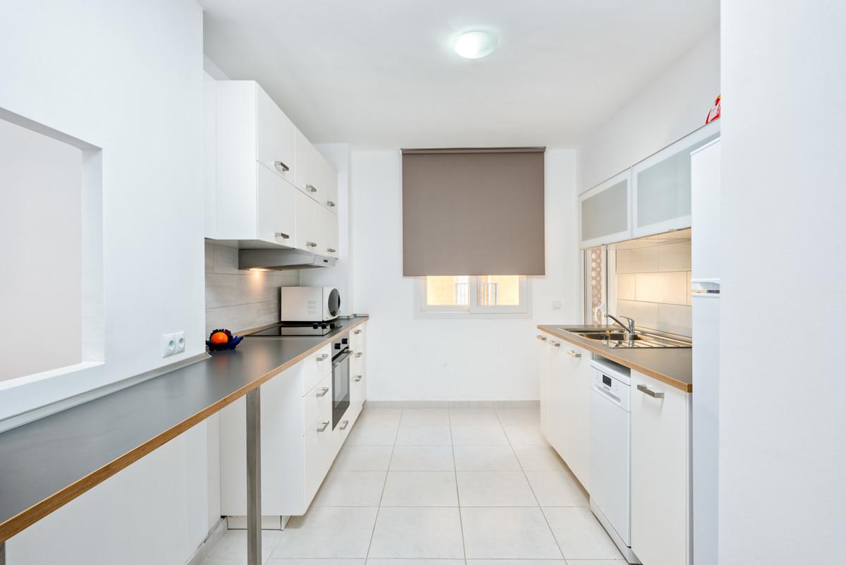 Apartamento en Venta en Calahonda – R3689822