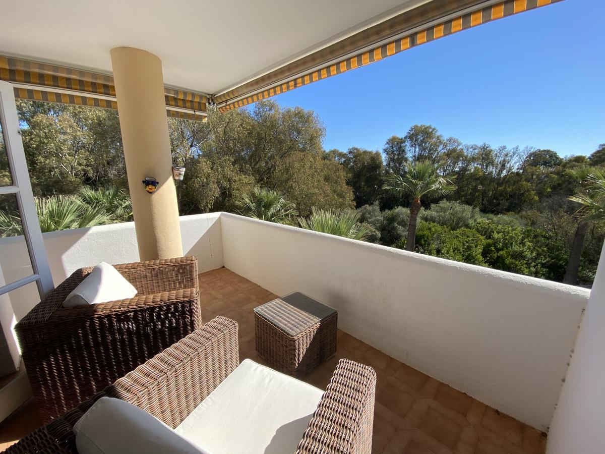 Apartamento en Venta en Calahonda – R3710900