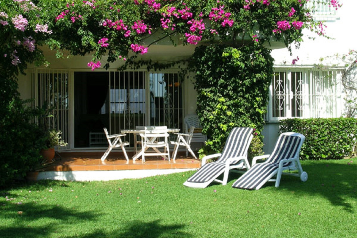 A rare opportunity to purchase a 3 bedroom, 2 bathroom ground floor apartment in the much sought aft, Spain