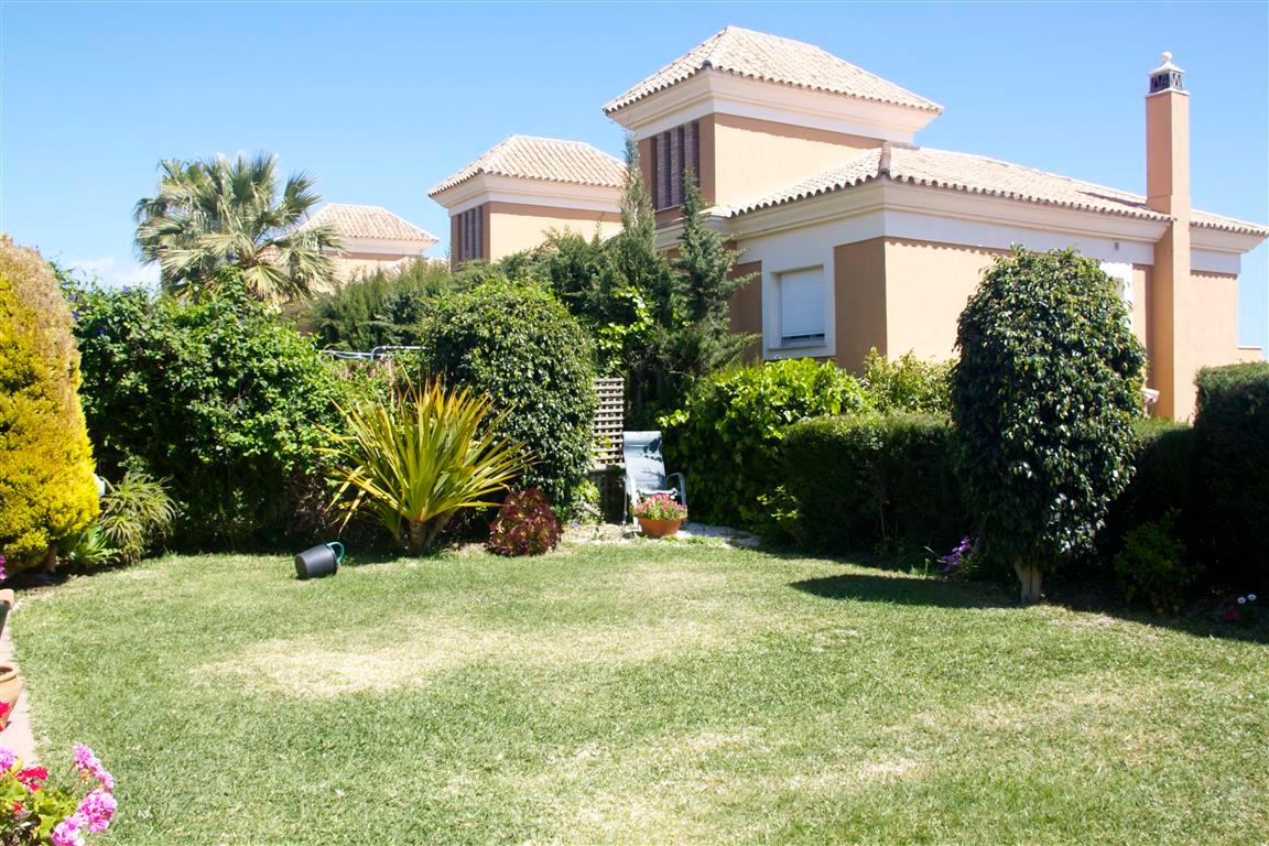 Semi-Detached House in Santa Clara