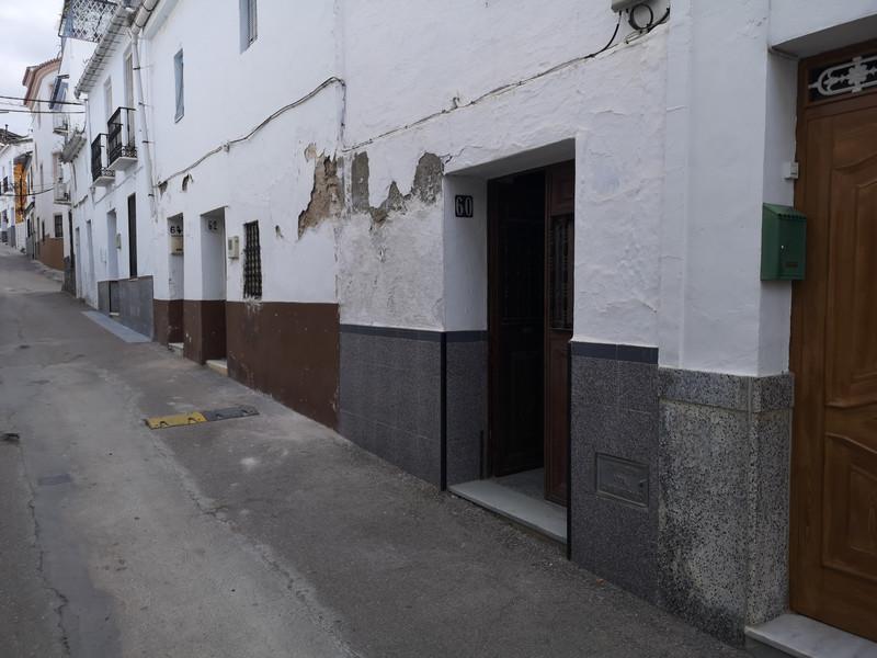 Townhouse - Coín - homeandhelp.com