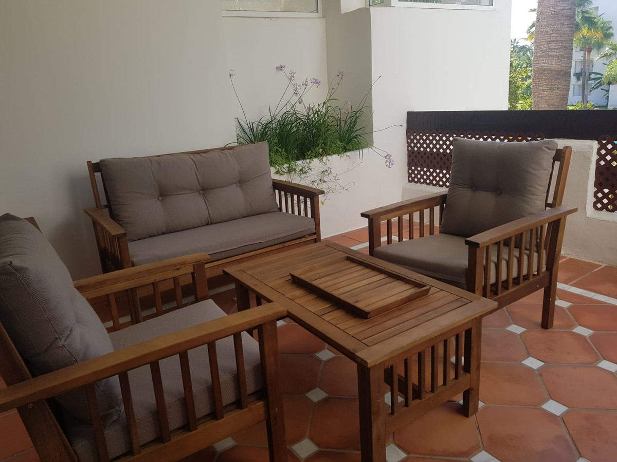 Apartment  Middle Floor for rent  in Costalita