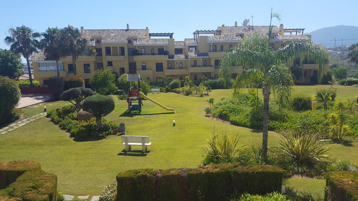Middle Floor Apartment in Costalita R86180