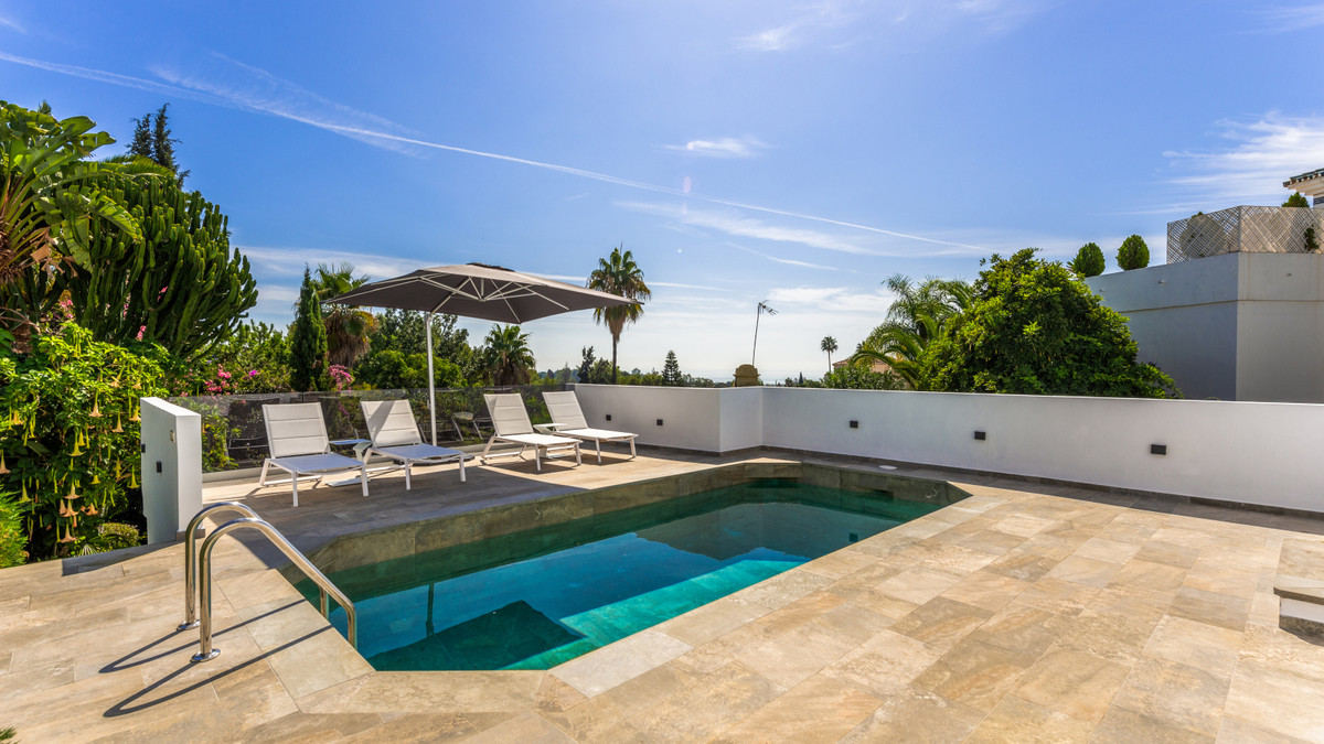 3 Bedroom Villa For Sale, Marbella