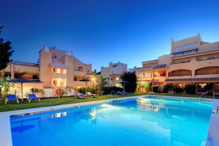 Top Floor Apartment in Elviria