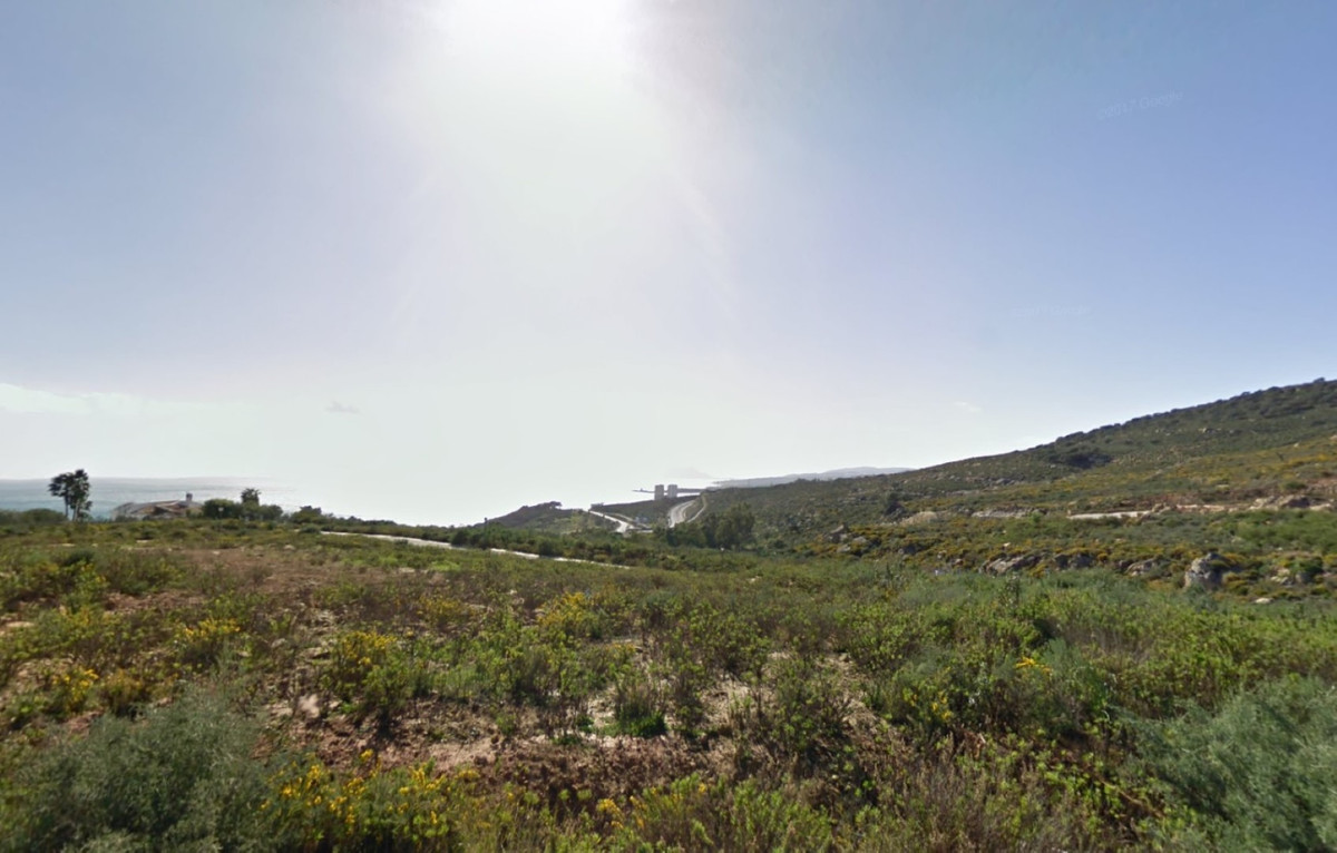 Magnificent building plots with panoramic sea and mountain views, 10 mins from the ports of Sotogran, Spain