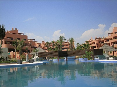 Fabulous ground floor apartment in a 5* star resort type development, beachside, with pools, spa and,Spain