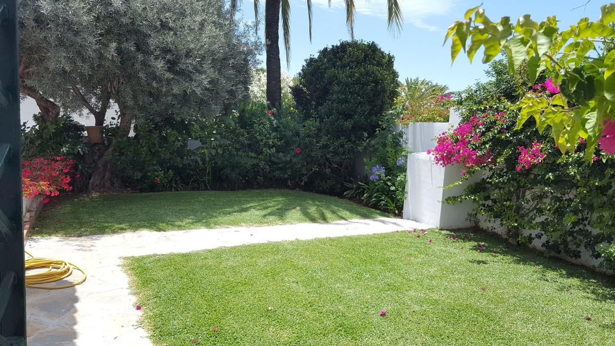 Villa – Chalet en Venta en Marbella – R3312034