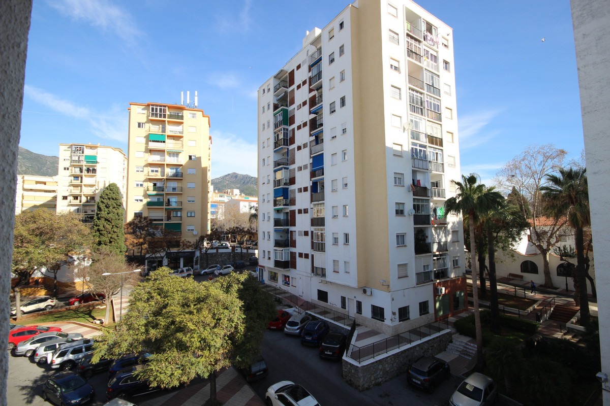 Located in the popular Miraflores neighborhood in Marbella and therefore 5 minutes from the center w, Spain