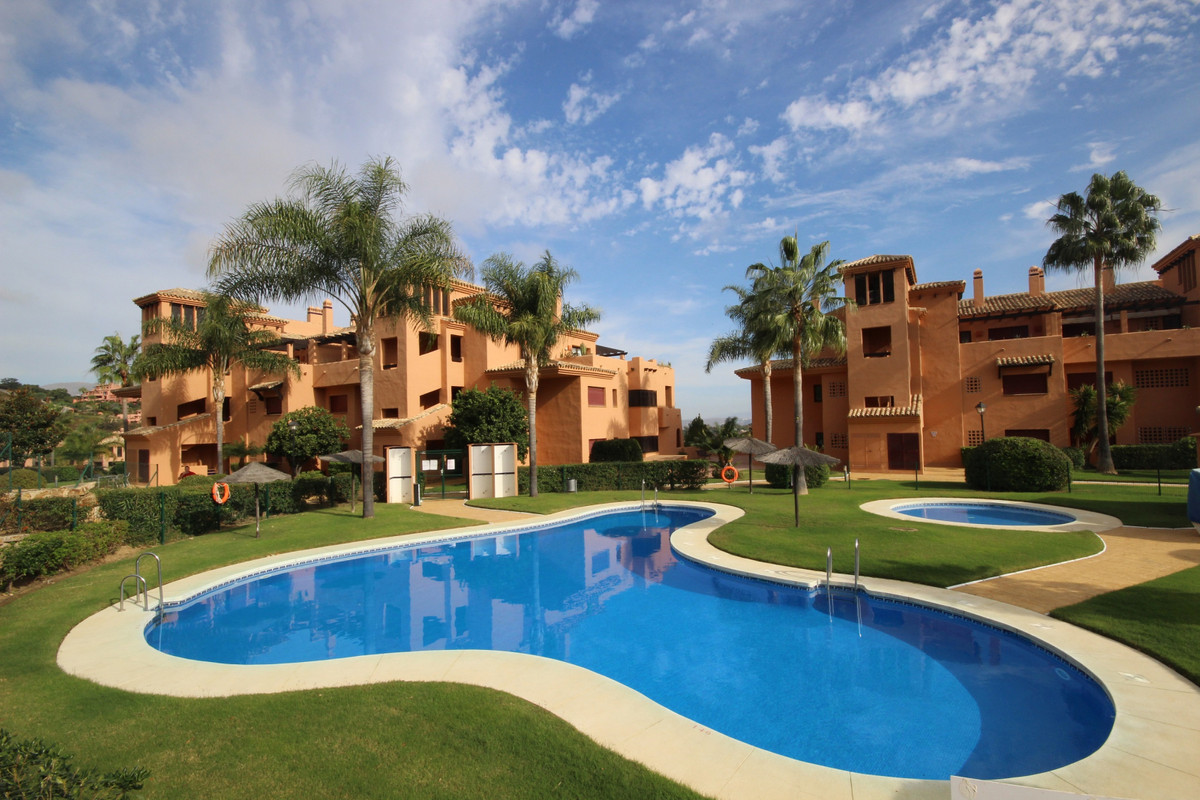 Marbella Banus Apartamento en Venta en La Mairena – R3915121