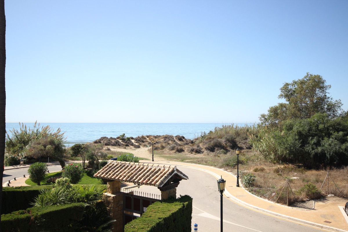 Almost front line beach town house situated in the priviledge location of Bahia de Marbella. South w,Spain