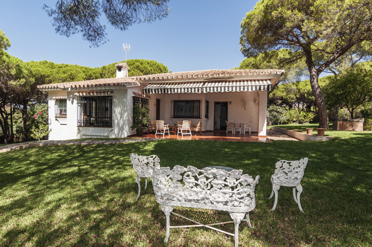 Detached Villa in Marbesa