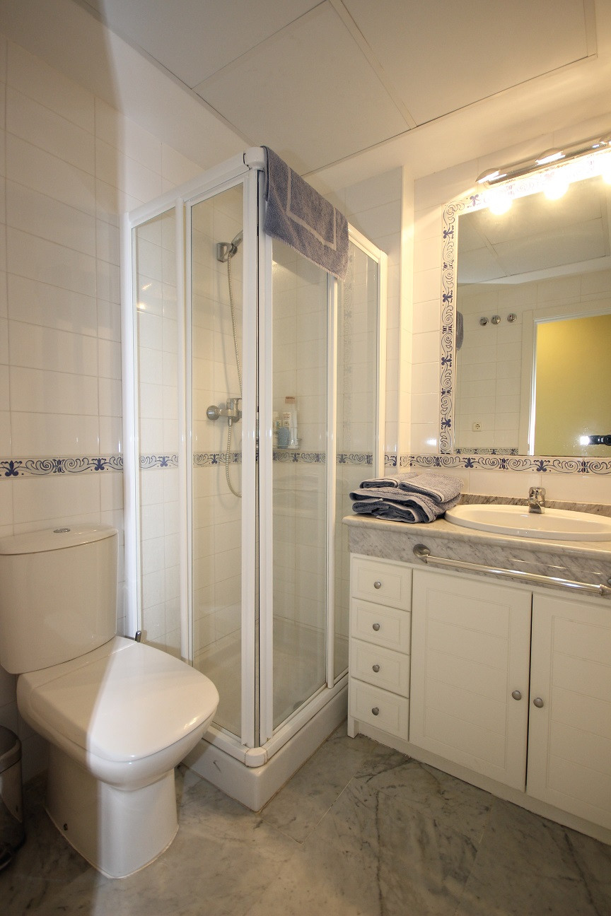 Unifamiliar con 4 Dormitorios en Venta Bahía de Marbella