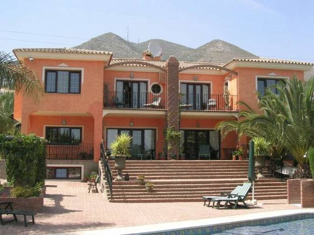 Picture of property for sale in Benalmadena