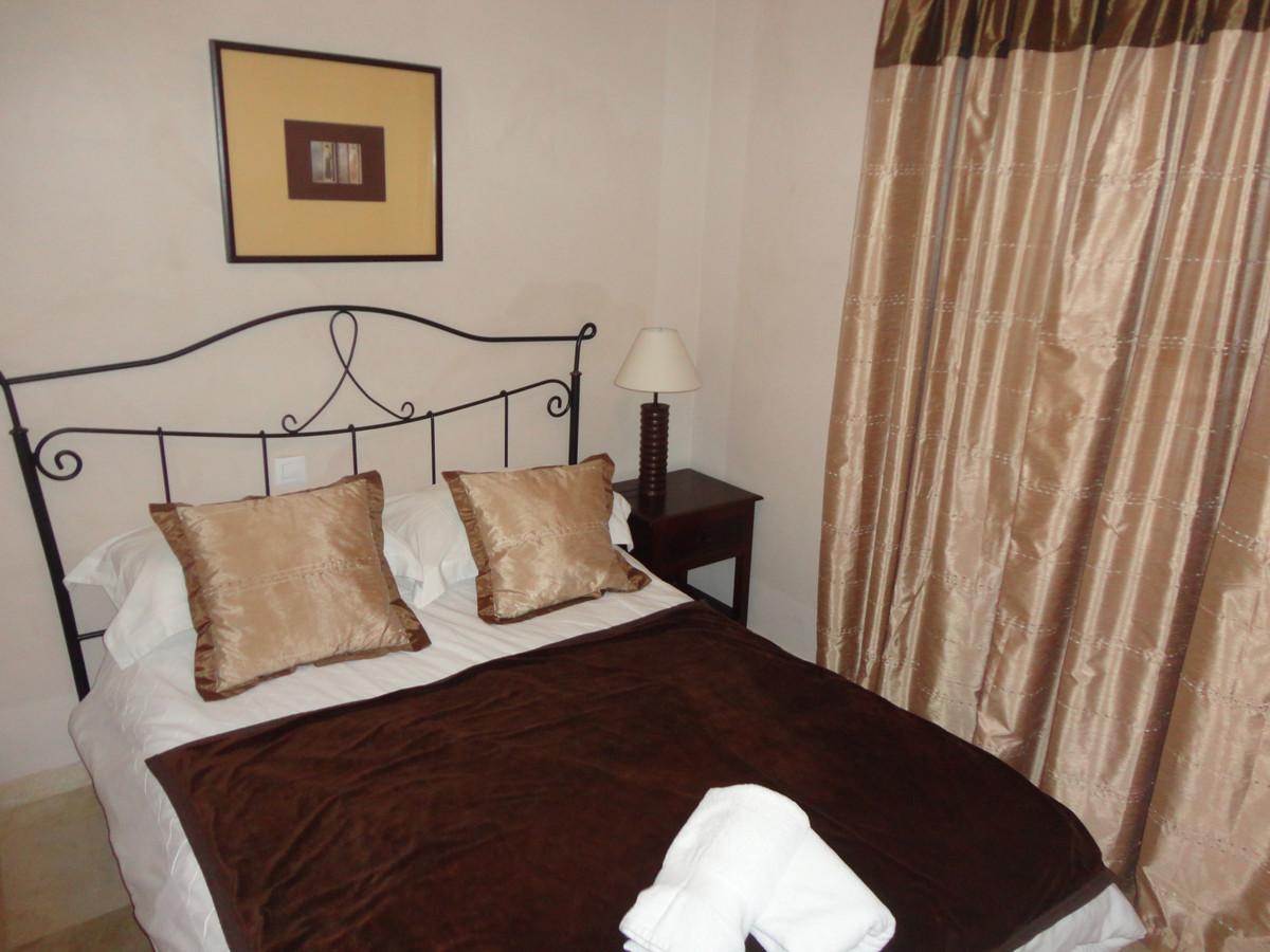 Apartamento Planta Media en Venta en Benahavís – R3253435