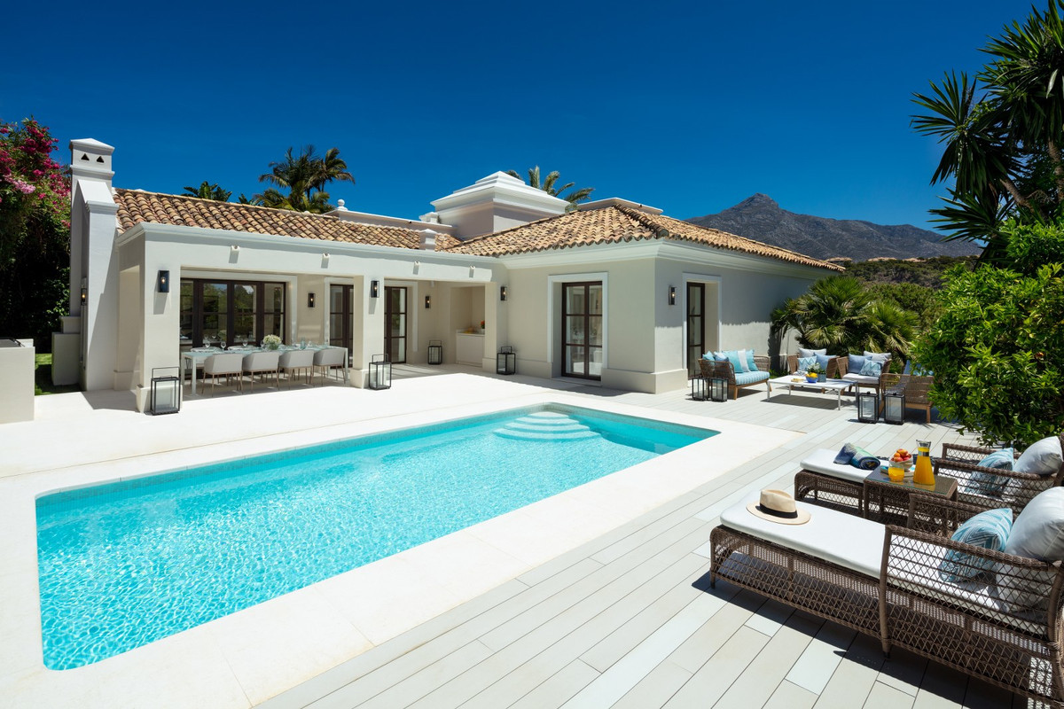 Just reduced in Price! Exquisite newly renovated 4 bed villa nestled in the heart of the Golf Valley, Spain
