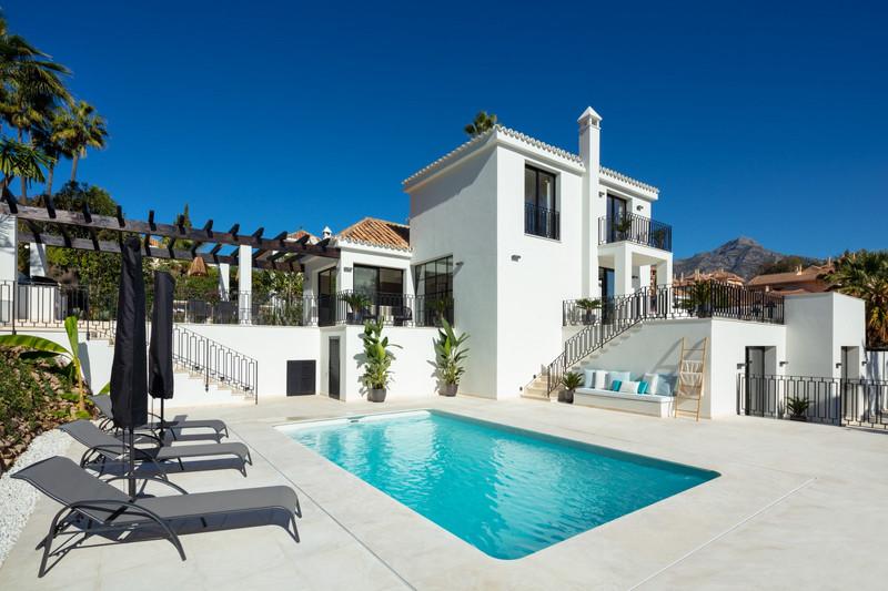 Villas for sale in Nueva Andalucia 27