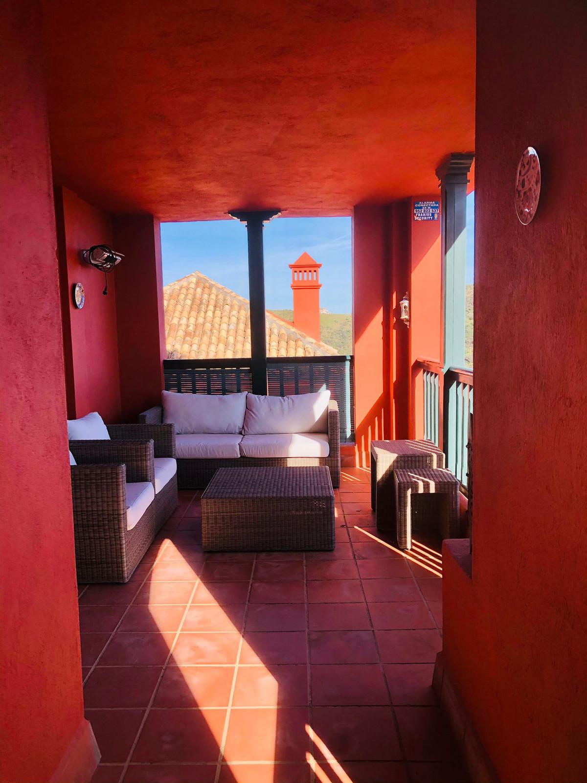 Apartamento en Venta en Calahonda – R3797662
