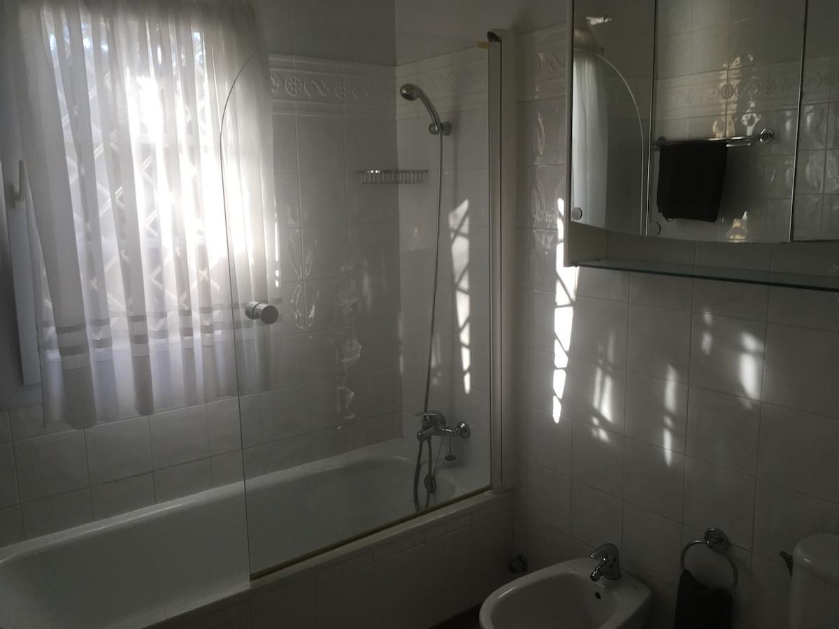 House in Alhaurín de la Torre R3083668 42