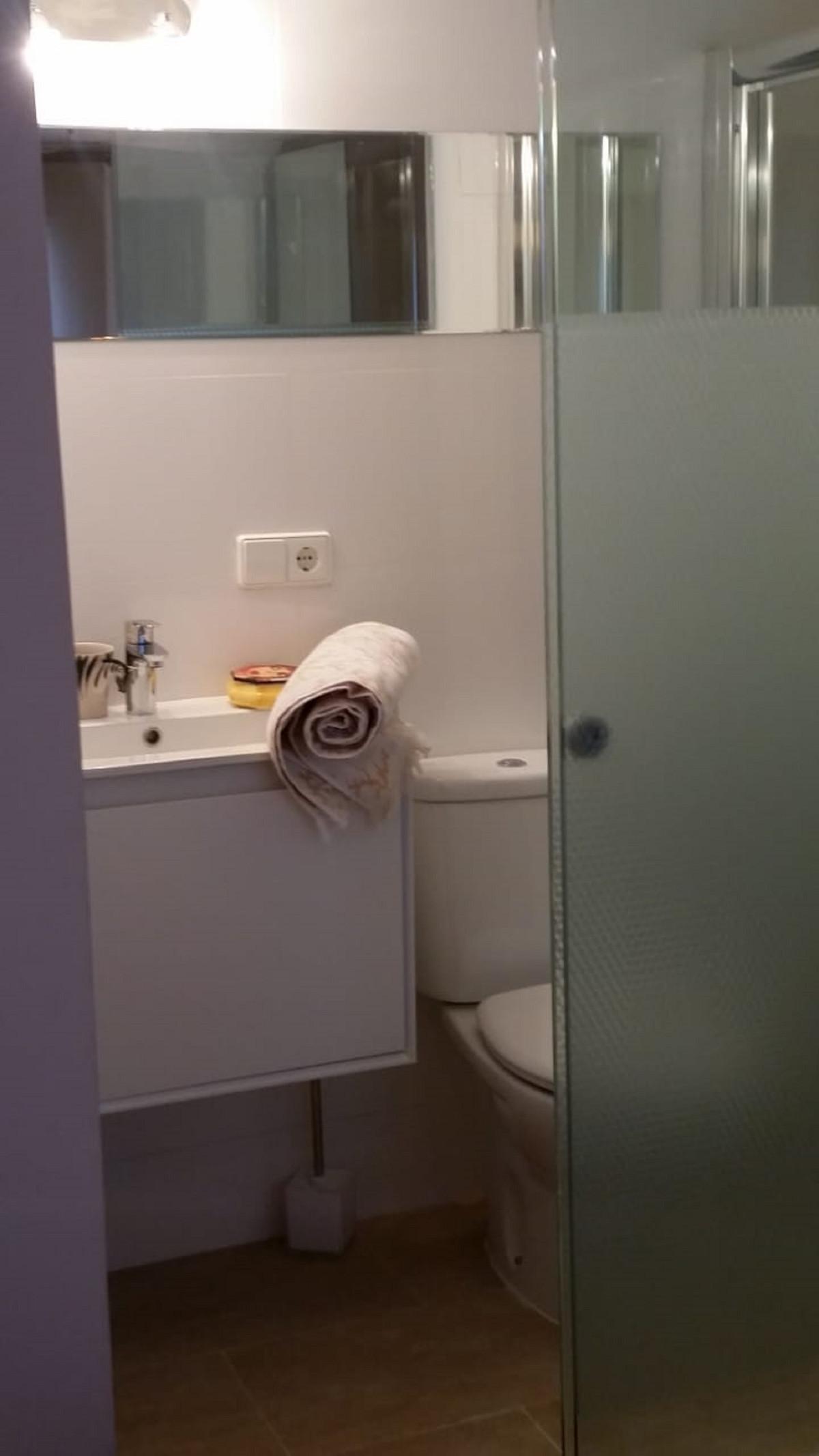 Apartamento Planta Media en Venta en Nueva Andalucía – R3551152