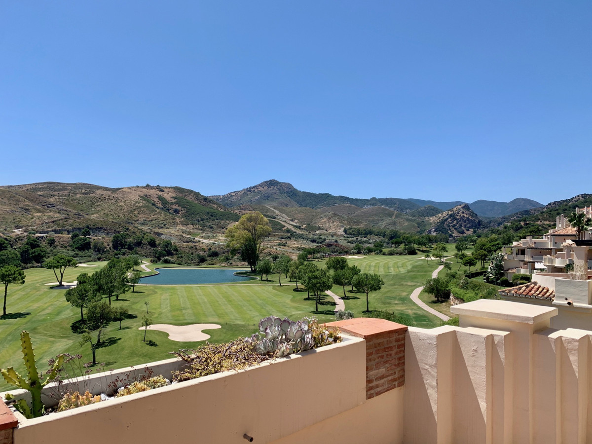 Marbella Banus Apartamento en Venta en Benahavís – R3596173
