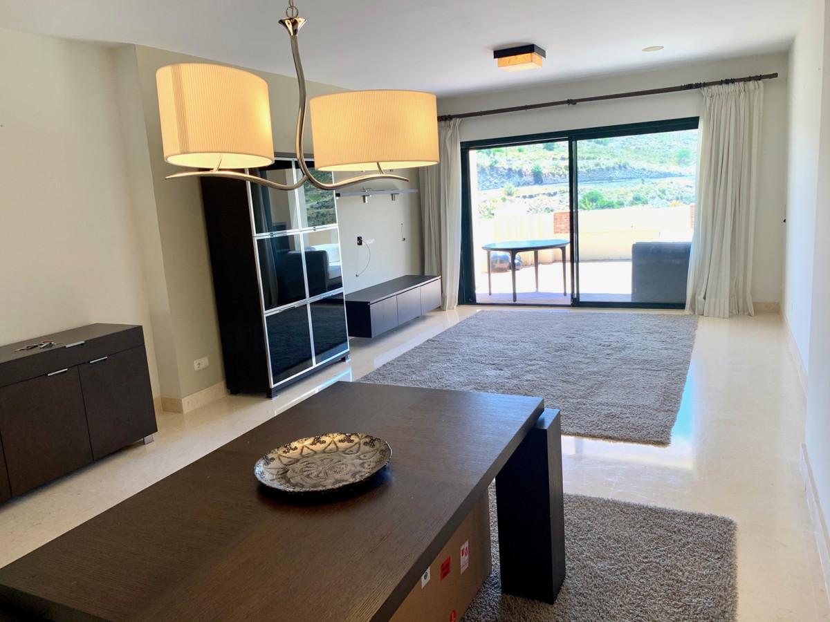 Apartamento en Venta en Benahavís – R3596173