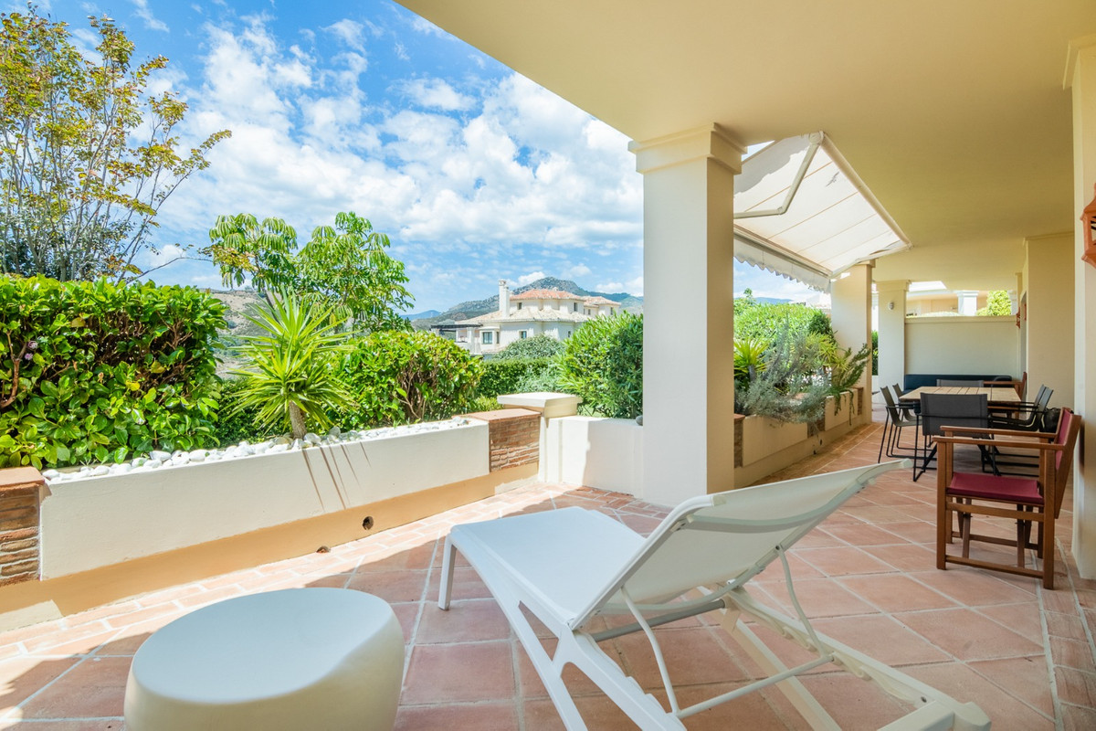 Beautiful Ground Floor 2 bed Garden Apartment. Ready to move straight into! For sale in Capanes del ,Spain