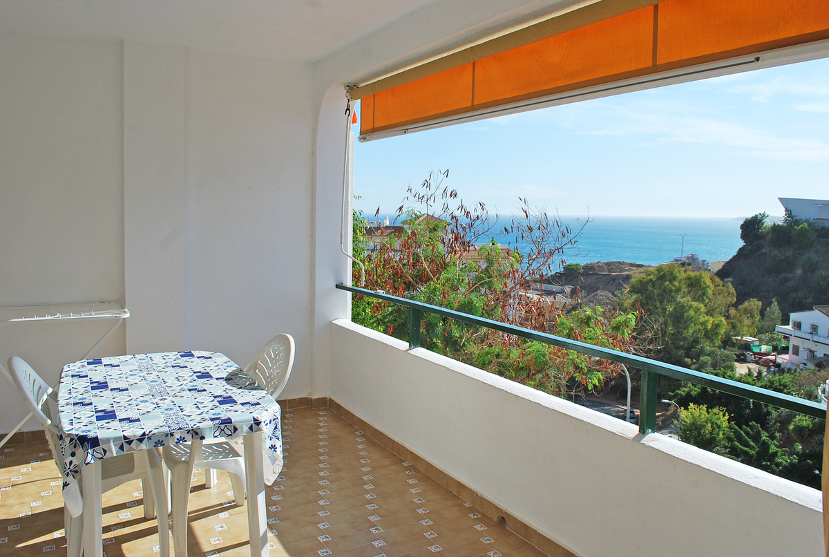 Sea views duplex townhouse in Benalmadena. Amazing 3 bedroom property, just 400 mts from the beach.T,Spain