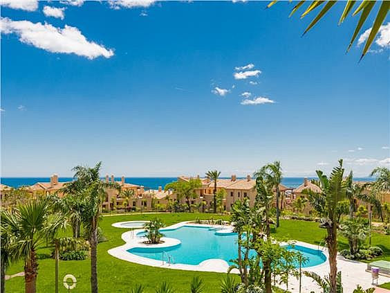 Amazing penthouse, with panoramic sea and Gibraltar views. All exterior!!! Surrounded by spacious te,Spain
